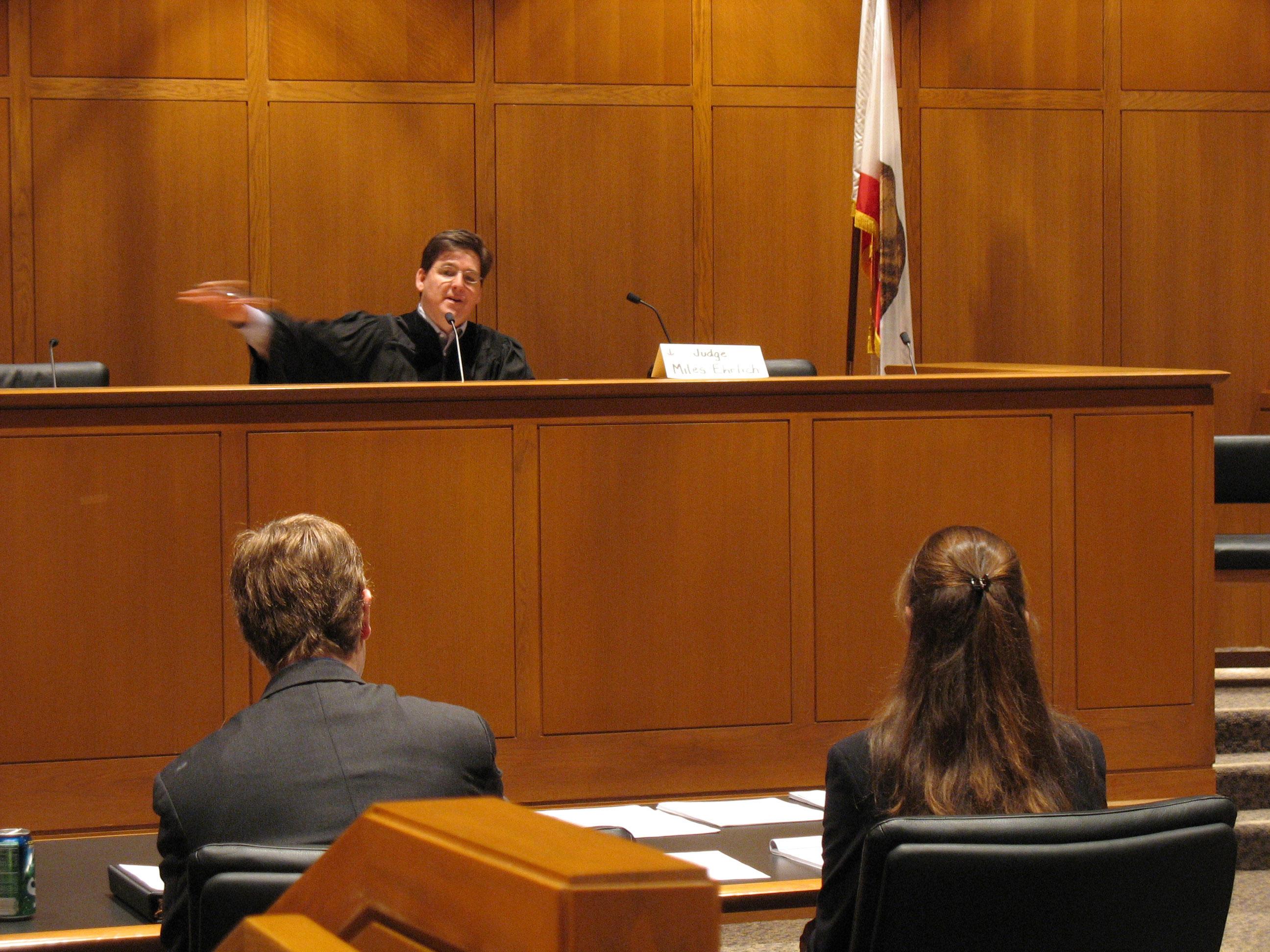 Formation des Jeunes Magistrats